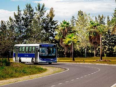 Se demora la llegada del Transporte público a Nordelta