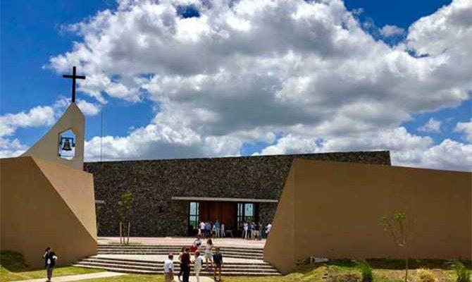 La iglesia Sagrada Familia de Nordelta vuelve a abrir sus puertas